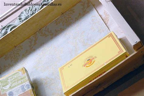 decorar cajas de madera de frutas cajas de frutas decoradas con papel pintado y chalk paint