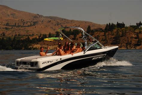 wakeboard boats accessories epic wakeboard boats boats accessories tow vehicles