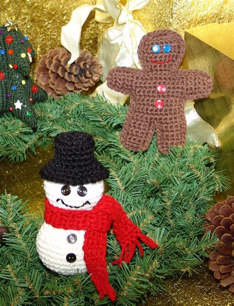 free decoration knitting patterns 21 knitted decorations ideas feed inspiration