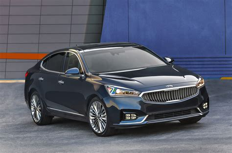 kia k7 review 2017 kia cadenza reviews and rating motor trend