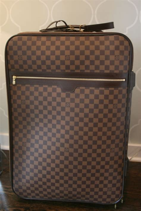 Louis Vuittons Ultimate Carry On Bag Travel Essentials by 694 Best Fp S Bag Images On Louis Vuitton