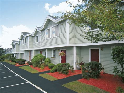 3 bedroom apartments manchester nh wellington hill rentals manchester nh apartments com