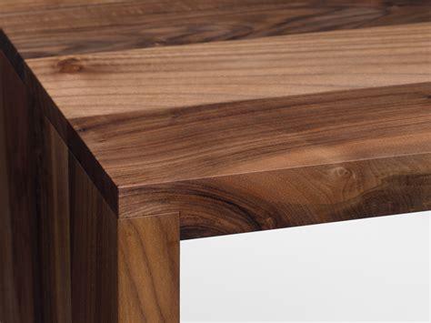 scrivania in legno massello scrivania tavolo in legno massello ponte by e15 design
