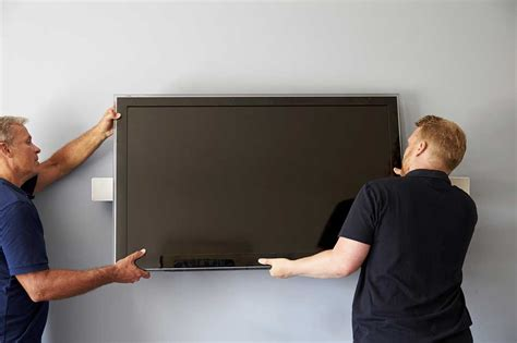 Installer Tv Au Mur by Accrocher Une Tv Au Mur