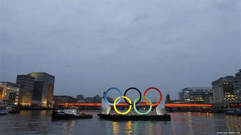 thames river meaning bbc news in pictures olympic rings on the river thames