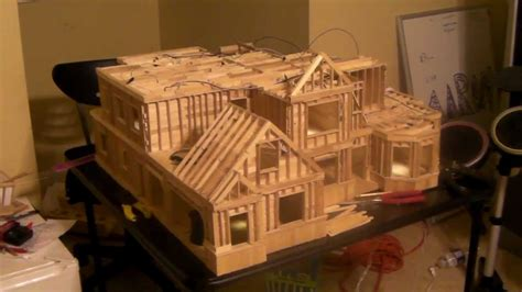 How To Make A House Out Of Construction Paper - 20 building popsicle stick house