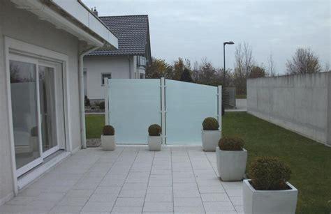 terrasse sichtschutz glas sichtsschutzzaun aus aluminium und glas wie ihre grenze