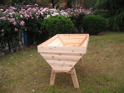 elevated garden beds on legs plans raised garden beds on legs woodworking raised garden bed