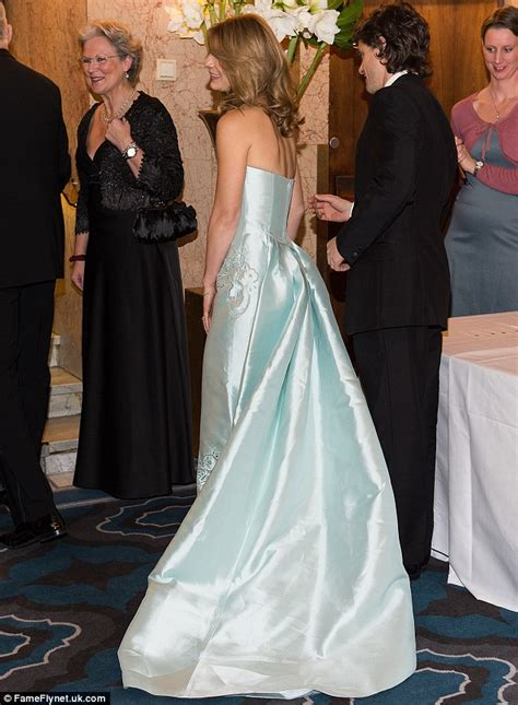 claire danes wedding dress claire danes joins husband hugh dancy at nobel banquet
