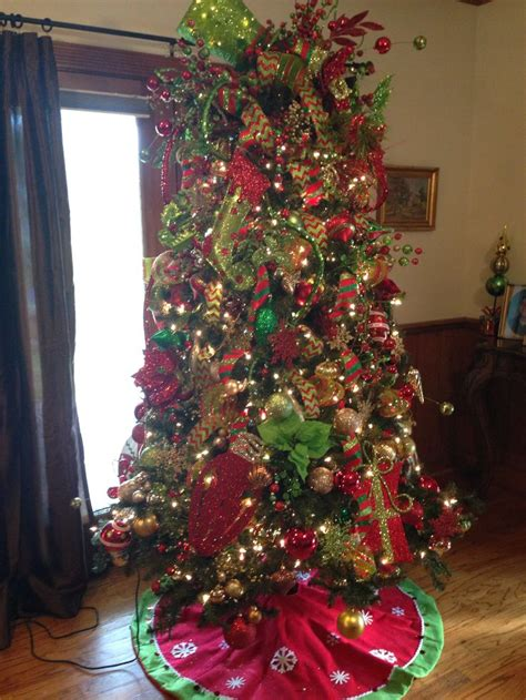 where to buy real christmas trees in suffolk 1000 images about traditional green and gold on
