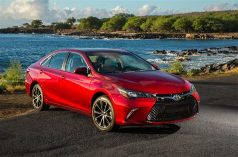 2015 Toyota Camry Xse Review 2015 Toyota Camry Xse Front Three Quarters 09 Photo 3