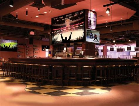 top 10 bars in montreal the top 10 things to do near residence inn montreal westmount