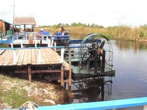 v8 fan boat air boat v8 on a lake youtube