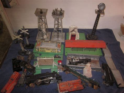 L Parts And Accessories by Large Lot Of Lionel Postwar O O 27 Trains Accessories