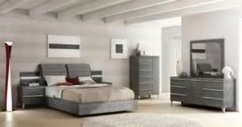 grey wood bedroom furniture the classy look from grey bedroom furniture speedchicblog