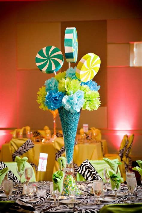 such a great centerpiece idea to start with you change it up to make it cutsie or
