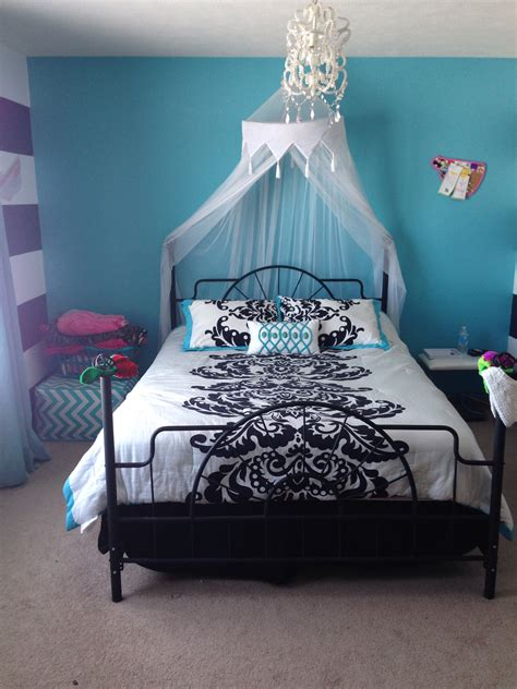 cute bedroom ideas for 13 year olds teen girls room just got this for my soon to be 13 year