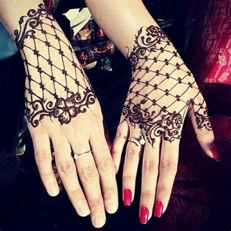 modern henna tattoo 20 and modern henna mehndi designs for all