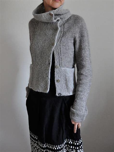 Asymmetrical Knit Sweater Pattern | mrs garter pattern by ankestrick stitches grey and ravelry