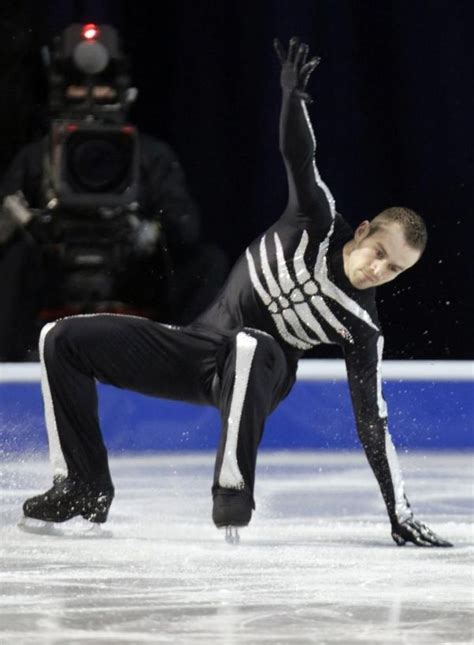 funny ice skating falls  pics izismilecom