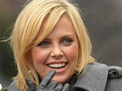 Charlize Theron Is Hasty Puddings Of The Year by Hasty Pudding Theatricals Honor Charlize Theron Boston