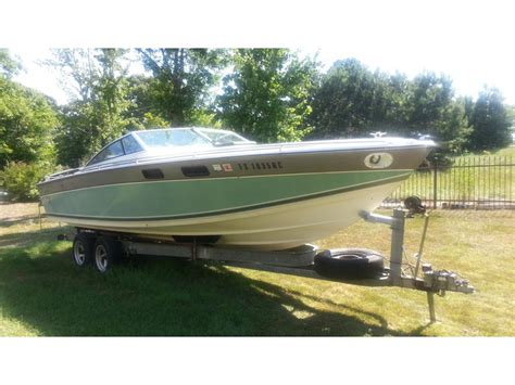 vintage formula boats for sale 1985 formula thunderbird 242 ls powerboat for sale in texas