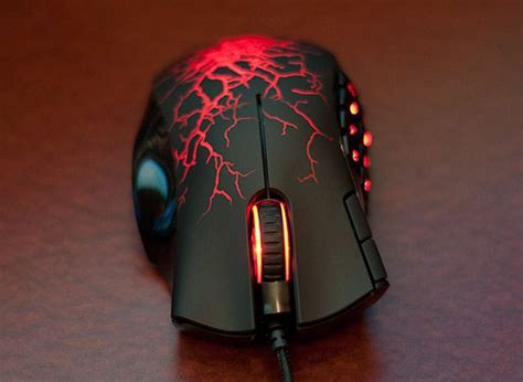 Mouse Razer Naga Molten razer naga molten special edition could be the ultimate gaming mouse pics