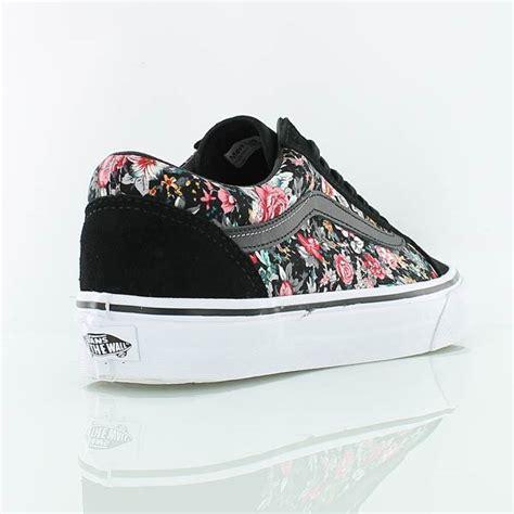 Vans Skool Floral Black White vans skool multi floral black true white bei kickz