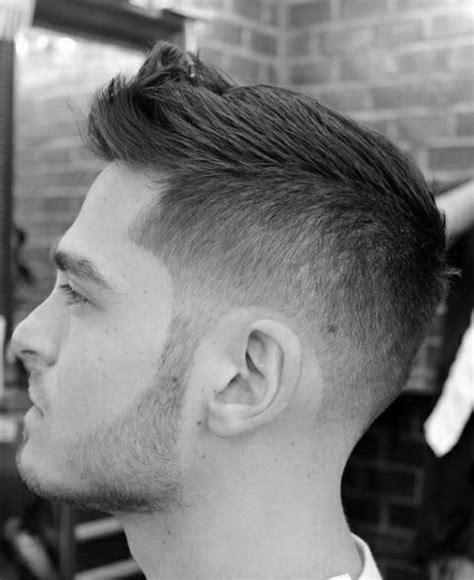 trendfrisuren fuer maenner aktuelle haarschnitte fuer