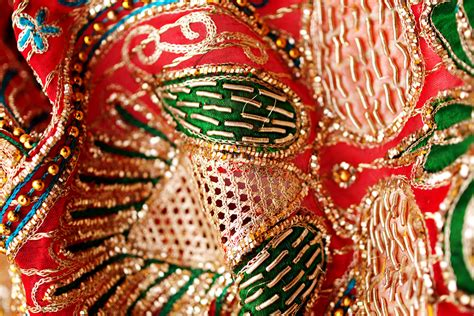 embroidery indian indian embroidery styles chikankari zardosi