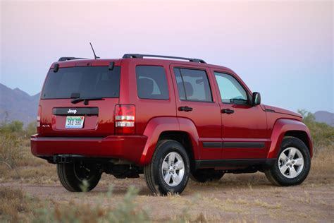 2010 Jeep Liberty Sport 2010 Jeep Liberty Sport Review Photo Gallery Autoblog