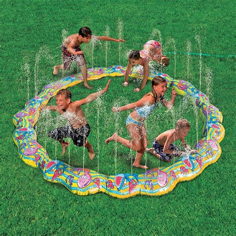 backyard water fun keep the kids cool with this water fun crystalandcomp com