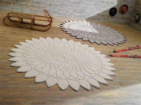 tappeti piccoli moderni i tappeti sun e pom pom da doimo decor foto design mag