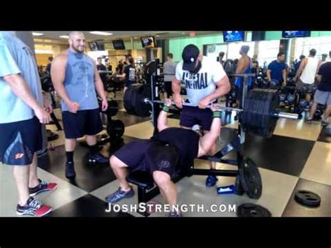 495 bench press jeremy hoornstra bench press speed reps at 495 youtube