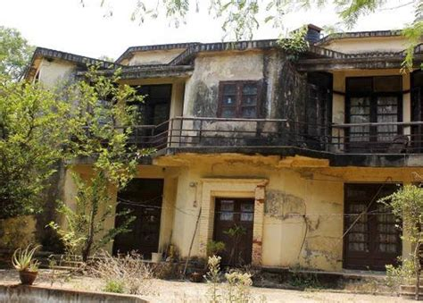 Best Abandoned Places To Visit | best haunted places to visit in chennai flyopedia blog