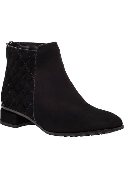 aquatalia quilted suede boots in black black suede
