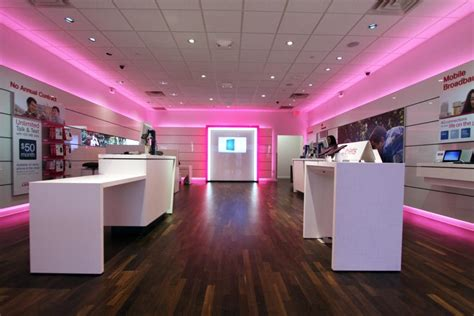 lg mobile shop t mobile unveils new design for u s stores