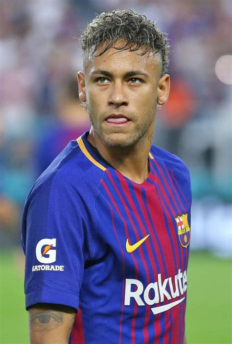 neymar  paris saint germain barcelona confirm superstar
