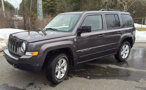 Jeep Patriot Lattitude Review 2015 Jeep Patriot Is A Budget Suv That S Plenty