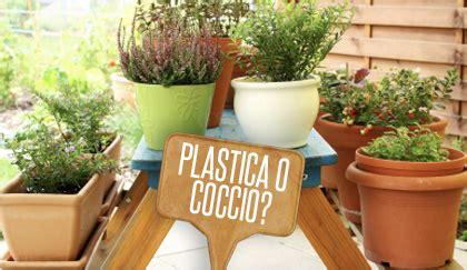 vaso di coccio vaso di plastica o vaso di coccio come scegliere quello