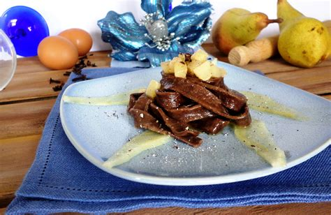www cucinare meglio it your recipes tagliatelle with cocoa and pears by