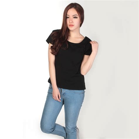 Kaos T Shirt Murah Tji5 kaos polos katun wanita u neck size m 81301 t shirt black jakartanotebook