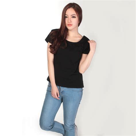 Kaos Baju Tshirt The 01 kaos polos katun wanita u neck size m 81301 t shirt black jakartanotebook