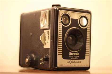 Kodak Launch Two New Cameras With Only 12 Megapixels by Evolution Of The 1900 The Kodak Brownie