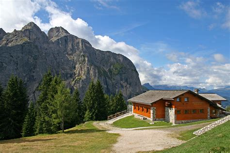 House In The Mountains | house in the mountains at the resort alleghe italy