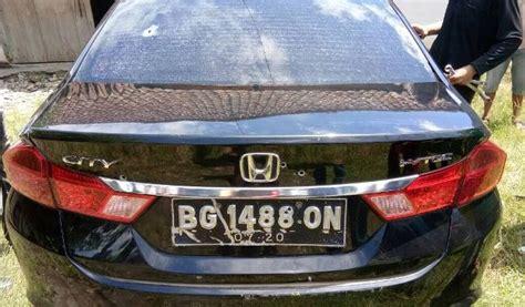 Lu Dalam Mobil Polisi Telusuri Kepemilikan Mobil Dalam Razia Berdarah Di