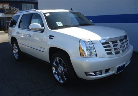 white 2011 cadillac escalade paint cross reference