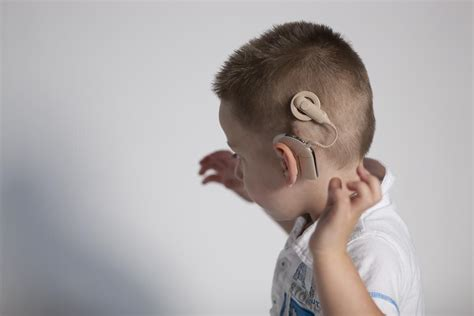 hairstyles to hide cochlear implants mens hairstyles with cochlear implants