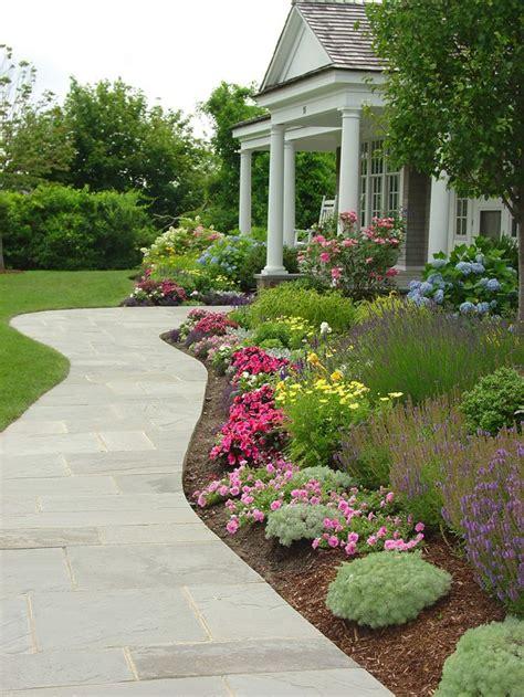 Walkway Garden Ideas 25 Best Ideas About Front Walkway Landscaping On Front Yard Landscaping Front