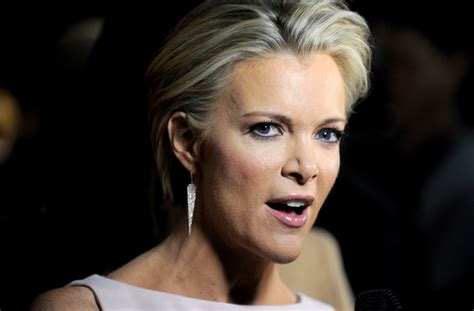 what color are megyn kellys eyes megyn kelly trump tried to influence me